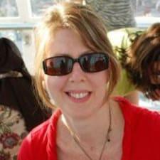 Profilo utente di Angela