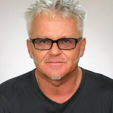 Manfred Mathias Brugerprofil