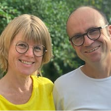 Stef & Anja คือเจ้าของที่พักดีเด่น