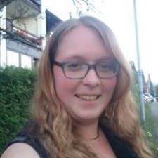 Profilo utente di Janine