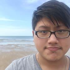 Henkilön Chun Sien käyttäjäprofiili