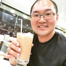 Rong Hsu felhasználói profilja
