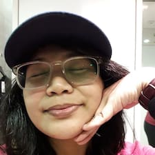 Simone Marie felhasználói profilja