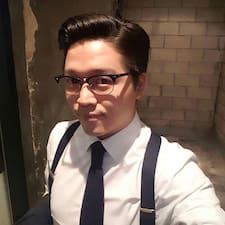 โพรไฟล์ผู้ใช้ Dongmin