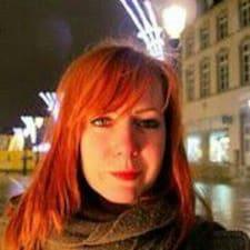 Sarah Chloé User Profile