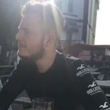 Aaron - Profil Użytkownika