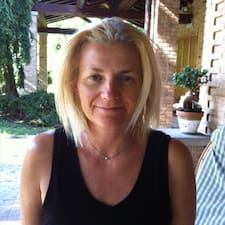 Profil Pengguna Daniela Irene