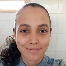 Stéfani felhasználói profilja