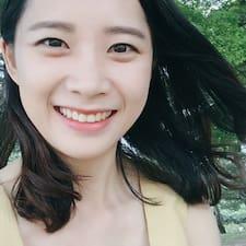 โพรไฟล์ผู้ใช้ Yejin