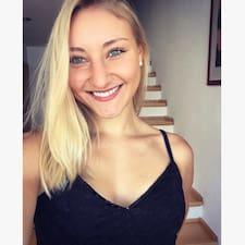 Profil Pengguna Anni