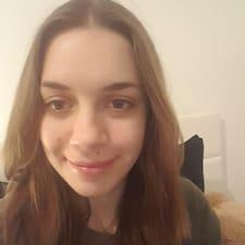 Кориснички профил на Nadine