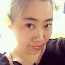 燕华 User Profile