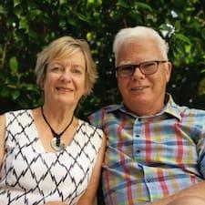 Glenda & Roger
