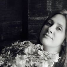 Yuliya Brugerprofil