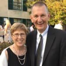 Tom & Ruth Ann est un Superhost.