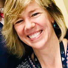 Elizabeth H. felhasználói profilja