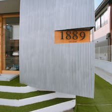 Hostel1889