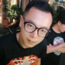 东月 User Profile
