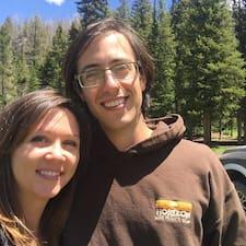 Melissa & Andy es el anfitrión.