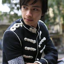 Το προφίλ του/της Anh Tu