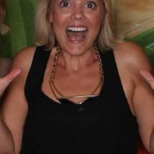 Laurie ist ein Superhost.