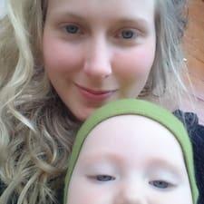Charlotte Elise User Profile