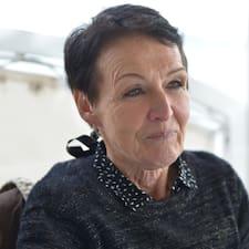 Marie Claude ialah superhost