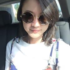 โพรไฟล์ผู้ใช้ Yi-Chen
