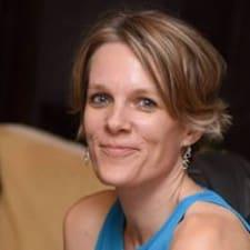 Profilo utente di Lisa Yogatara