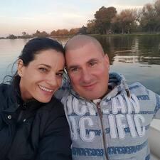 Yael And Jon - Uživatelský profil