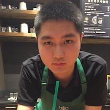 Henkilön 哲峥 käyttäjäprofiili