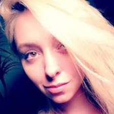 Profil Pengguna Lauren