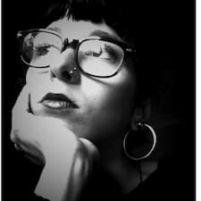 Ursula felhasználói profilja