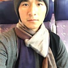 Feng-Ju felhasználói profilja