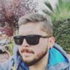 Profil Pengguna Matias