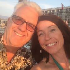 Profil Pengguna Gail And Doug
