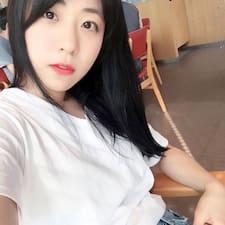 Ju Ye님의 사용자 프로필