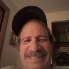 Потребителски профил на Daniel