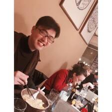 Профіль користувача Zheng Qing