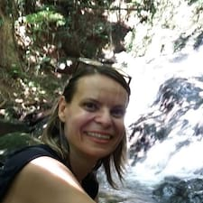 Flavia Liz User Profile