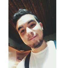 Andres felhasználói profilja