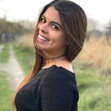 Profil Pengguna Carolann