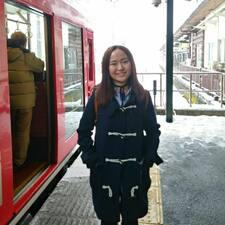 โพรไฟล์ผู้ใช้ Fong Ying