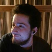 Paul S felhasználói profilja