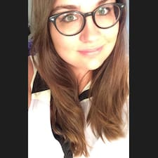 Profil Pengguna Sarah