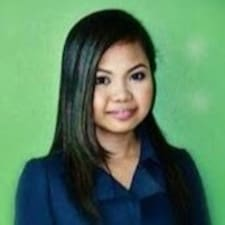 Profil Pengguna Daphane Clair