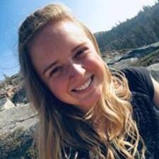 Stacey felhasználói profilja