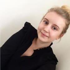 Anna Klara User Profile