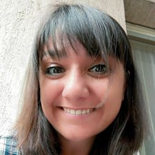 Henkilön Alicia Buissonnet käyttäjäprofiili