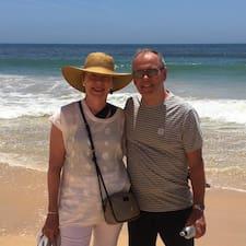 Geoff & Marie è un Superhost.